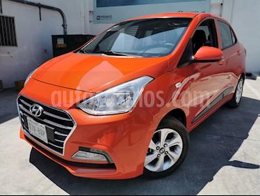 Hyundai i10 Sedan GLS Aut usado (2018) color Naranja precio $179,900
