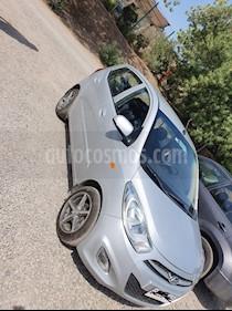 Hyundai i10 1.1 GLS Base usado (2014) color Plata precio $3.500.000