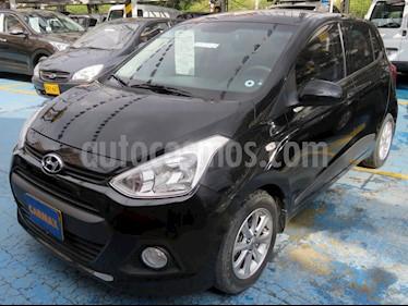 Hyundai i10 1.1 Aut usado (2016) color Negro precio $32.900.000