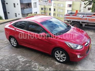 Hyundai i25 Sedan 1.6 Full usado (2015) color Rojo precio $37.000.000