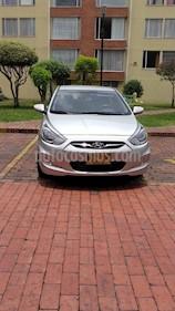 Foto venta Carro usado Hyundai i25 1.4 (2013) color Plata precio $27.300.000