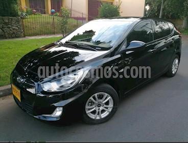 Foto venta Carro usado Hyundai i25 1.4 (2013) color Negro precio $28.900.000