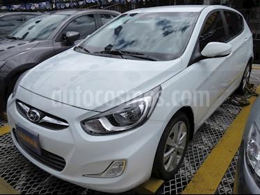Foto venta Carro usado Hyundai i25 1.6 (2014) color Blanco precio $33.900.000