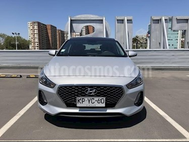 Hyundai i30 2.0L Premium Aut usado (2018) color Plata precio $14.190.000