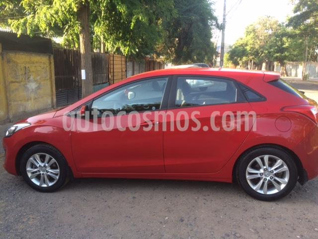 Hyundai i30 1.6L GLS  usado (2013) color Rojo precio $6.500.000
