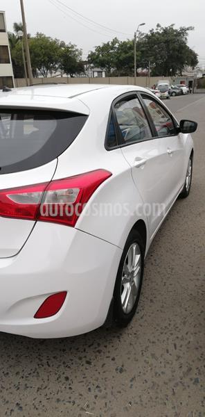 Hyundai i30 GL usado (2014) color Blanco precio u$s13,200