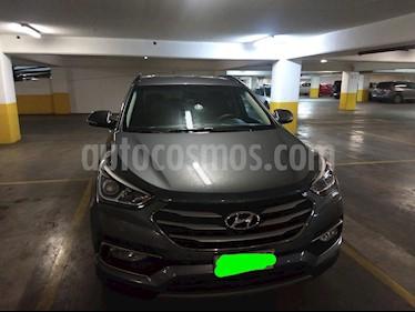 Hyundai Santa Fe 2.4 GLS 4x4 Aut usado (2017) color Gris precio $13.380.000