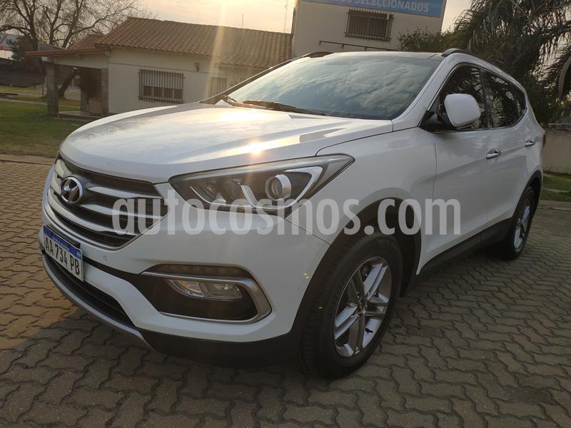 Hyundai Santa Fe 2.2 GLS CRDi 7 Pas Full Premium Aut usado (2016) color Blanco precio $3.500.000