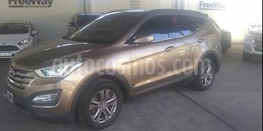 Hyundai Santa Fe GL 2.4 4x2 7 Asientos usado (2013) color Beige precio $1.600.000