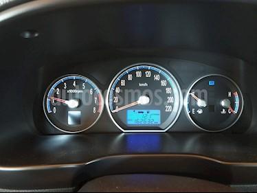 Hyundai Santa Fe 2.7 GLS 4x4 Aut usado (2008) color Gris precio $6.300.000