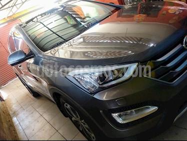 Hyundai Santa Fe 2.4 GLS 4x4 Aut usado (2015) color Gris precio $9.500.000