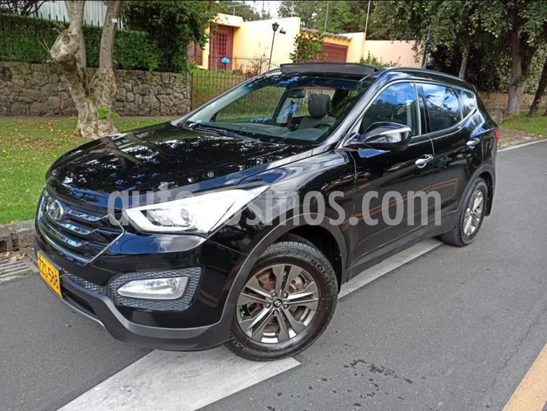 Hyundai Santa Fe 2.4 4x2 7 Pas. usado (2015) color Negro Ebony precio $67.500.000