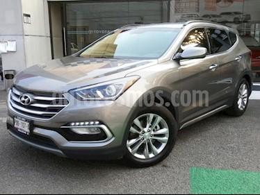 Hyundai Santa Fe 5P L4/2.0/T AUT usado (2018) color Gris precio $345,000