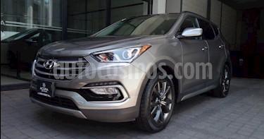 Hyundai Santa Fe 5P SPORT L4 2.0T TA PIEL QCP RA-19 (LINEA ANTERIO usado (2018) color Gris precio $429,000