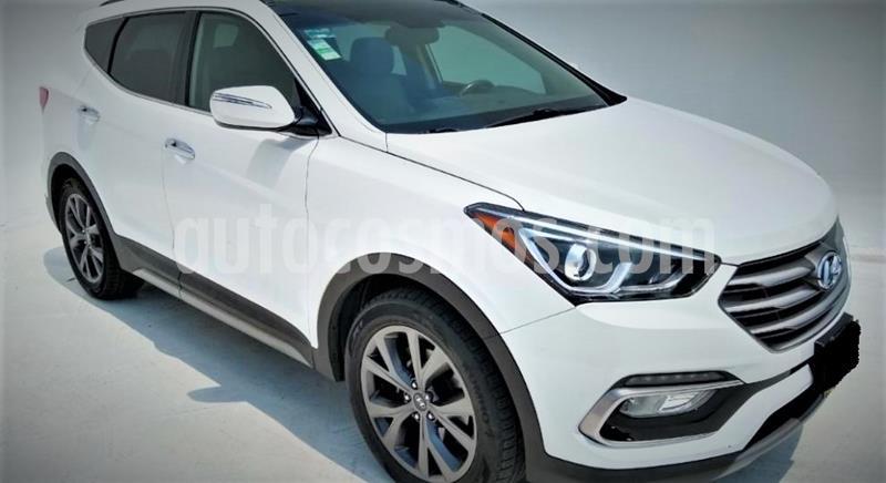 Hyundai Santa Fe 2.0L Turbo GLS usado (2017) color Blanco precio $334,999
