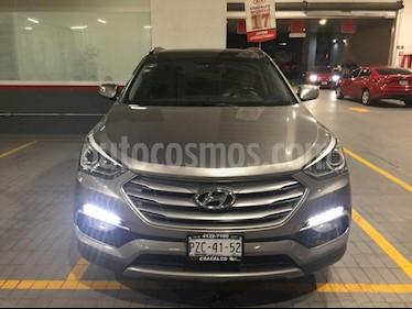Foto venta Auto Seminuevo Hyundai Santa Fe Sport 2.0L (2017) color Gris precio $410,000