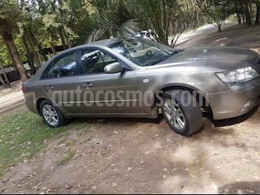 Hyundai Sonata Hibrido  2.0 GL   usado (2009) color Gris Metalico precio $4.000.000