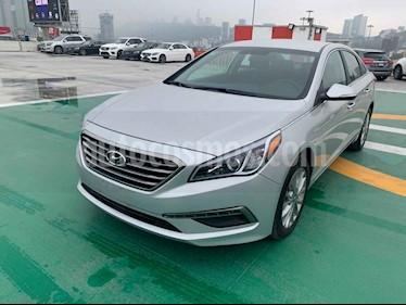 Hyundai Sonata 5p Premium L4/2.4 Aut usado (2016) color Plata precio $250,000