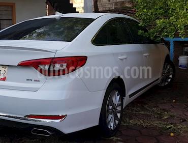 Hyundai Sonata GLS usado (2017) color Blanco precio $300,000