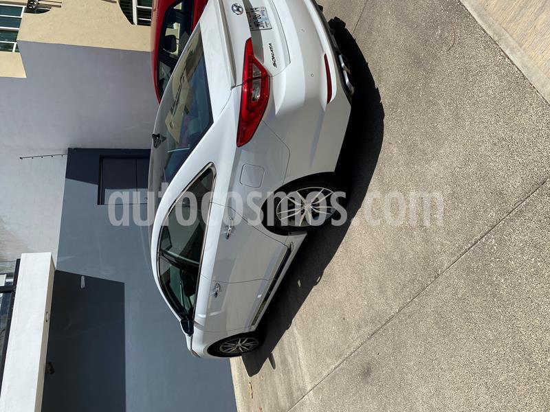 Hyundai Sonata Sport 2.0T usado (2016) color Blanco precio $220,000