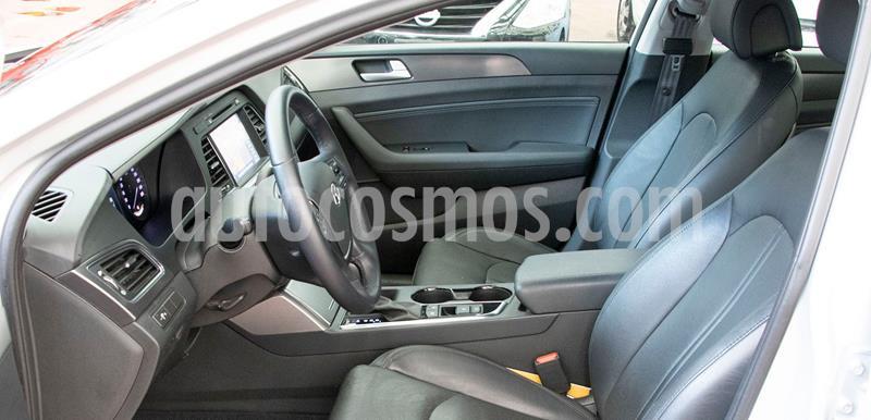 Hyundai Sonata Limited NAVI usado (2017) color Plata Dorado precio $270,000