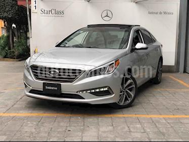 Hyundai Sonata 5p Limited L4/2.4 Aut Nave usado (2015) color Plata precio $230,000