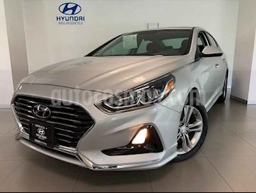 Hyundai Sonata 5p GLS L4/2.0 Aut usado (2018) color Plata precio $360,000