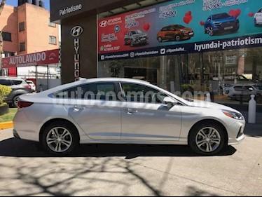 Foto venta Auto usado Hyundai Sonata Premium (2018) color Plata precio $400,330