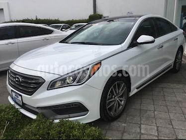 Foto venta Auto Seminuevo Hyundai Sonata SPORT 2.0 T (2017) color Blanco precio $350,000
