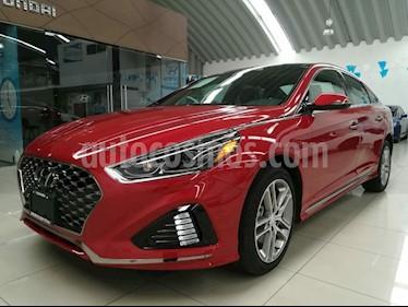 Foto venta Auto Seminuevo Hyundai Sonata Sport 2.0T (2018) color Rojo precio $453,000