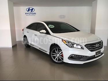 Foto venta Auto Seminuevo Hyundai Sonata Sport 2.0T (2016) color Blanco precio $299,000