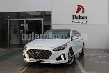 Foto Hyundai Sonata Sport 2.0T usado (2018) color Blanco precio $389,000