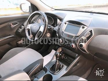 Foto Hyundai Tucson 2.0L 4x2 Aut Premium  usado (2015) color Gris Titanio precio u$s25.500