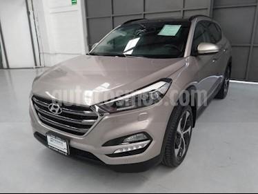 Foto venta Auto usado Hyundai Tucson 5p Limited Tech Navi L4/2.0 Aut (2018) color Beige precio $400,000