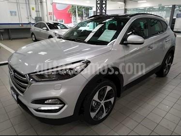 Foto venta Auto usado Hyundai Tucson 5p Limited Tech Navi L4/2.0 Aut (2018) color Plata precio $375,000