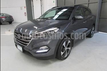 Foto venta Auto usado Hyundai Tucson 5p Limited Tech Navi L4/2.0 Aut (2017) color Gris precio $360,000