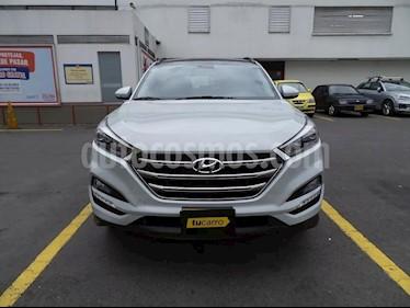 Hyundai Tucson 2.0 4x4 usado (2016) color Gris precio $43.000.000