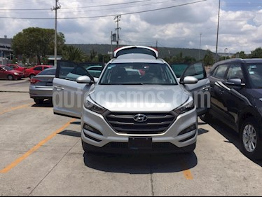 Foto venta Auto usado Hyundai Tucson GLS Premium (2018) color Plata precio $355,000