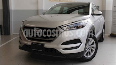 Foto venta Auto usado Hyundai Tucson GLS (2018) color Plata precio $300,000
