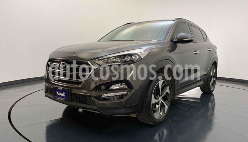 Hyundai Tucson Version usado (2017) color Cafe precio $347,999