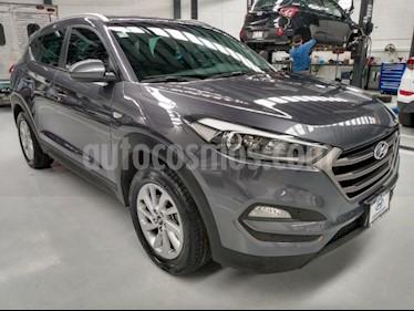 Hyundai Tucson 5P GLS PREMIUM TA A/AC. F. NIEBLA RA-17 usado (2018) color Gris precio $319,000