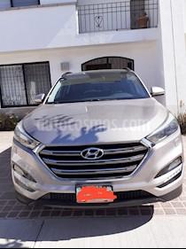 Hyundai Tucson Limited Tech usado (2016) color Arena precio $280,000