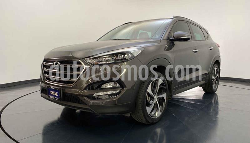 Hyundai Tucson Version usado (2017) color Gris precio $347,999