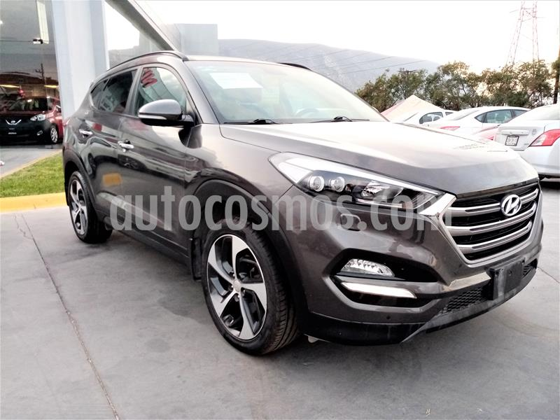 Hyundai Tucson Limited Tech usado (2016) color Cafe precio $290,000