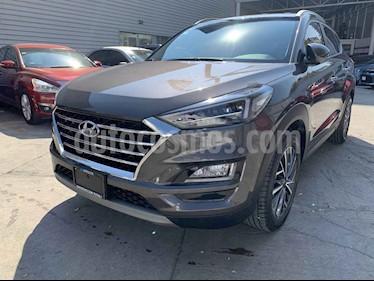 Hyundai Tucson Limited usado (2019) color Cafe precio $399,000