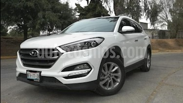 Hyundai Tucson 5P LIMITED TA A/AC. AUT. PIEL F. LED RA-17 usado (2018) color Blanco precio $340,000