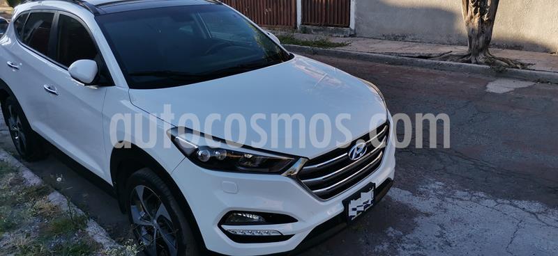 Hyundai Tucson Limited Tech usado (2017) color Blanco precio $300,000