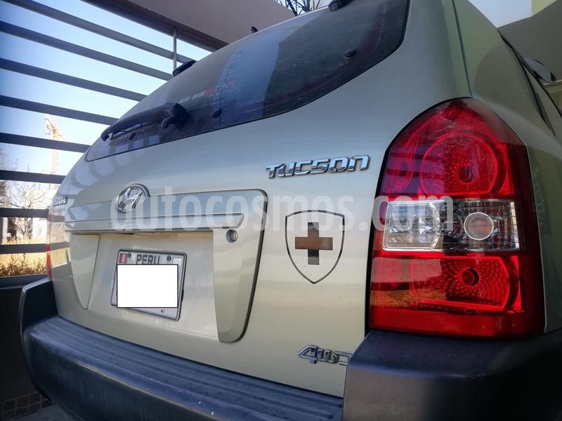 Hyundai Tucson GL 2.0L 4x4 usado (2009) color Bronce precio u$s11,200