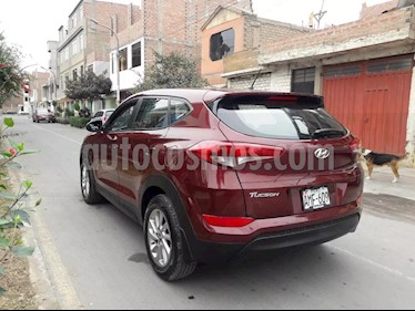 Hyundai Tucson GL 2.0L 4x4 usado (2016) color Rojo precio u$s7,200