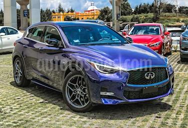 foto Infiniti QX30 Sport Plus usado (2018) color Azul Tanzanita precio $618,000